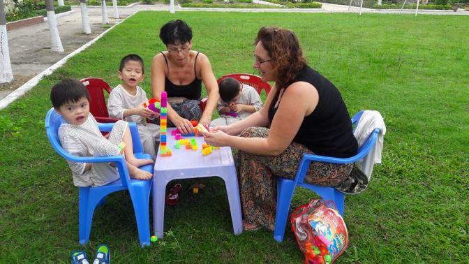 volunteer-vietnam-danang-001