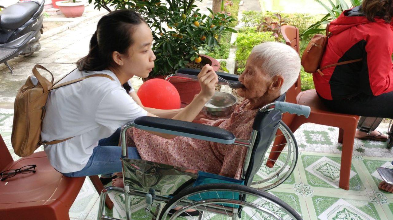 volunteer-vietnam-danang-002