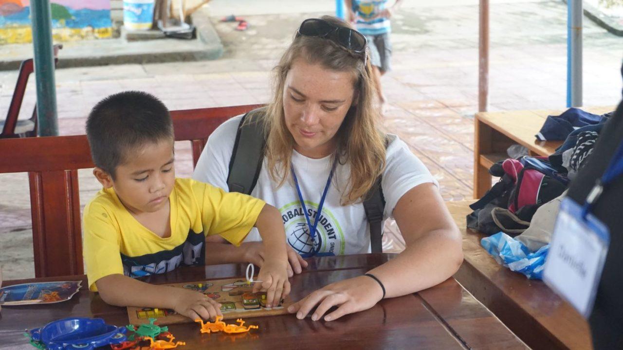 volunteer-vietnam-danang-007