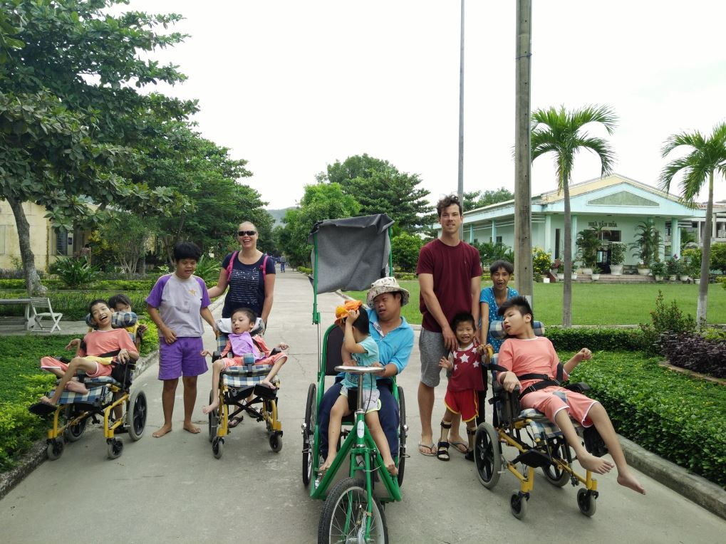 volunteer-vietnam-danang-011