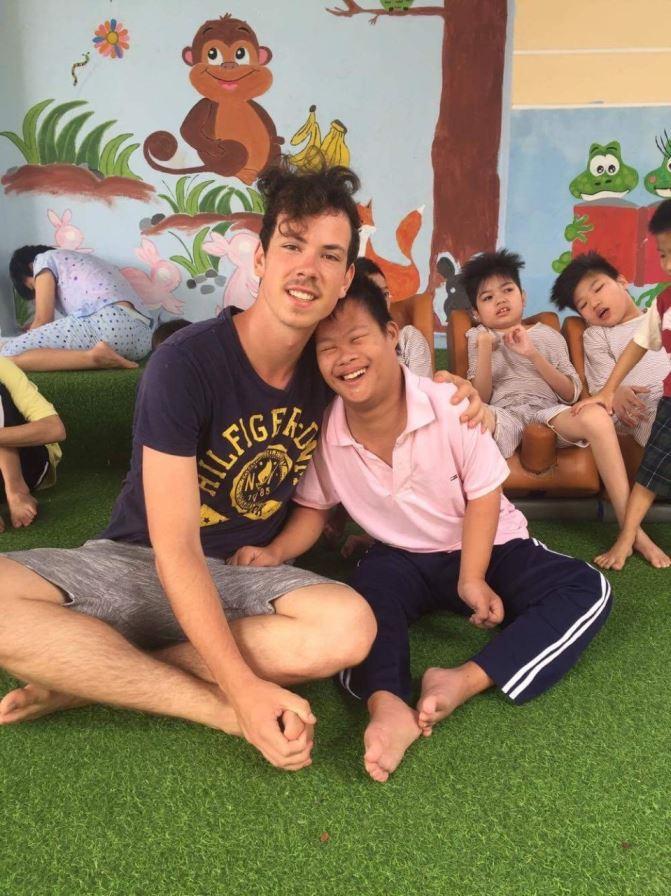 volunteer-vietnam-danang-015